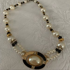Chunky retro pearl, gold and black necklace